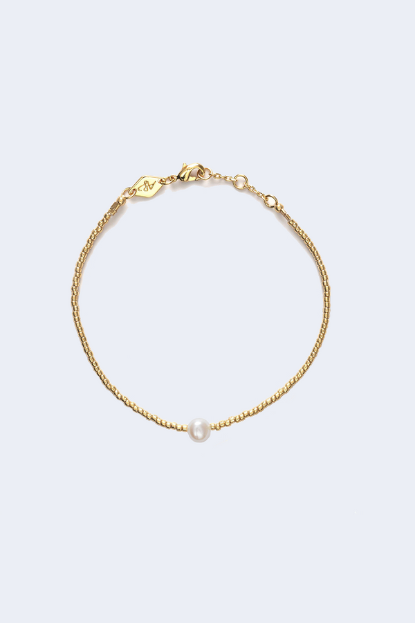 Cloudy Bay Pearly Bracelet in Gold
