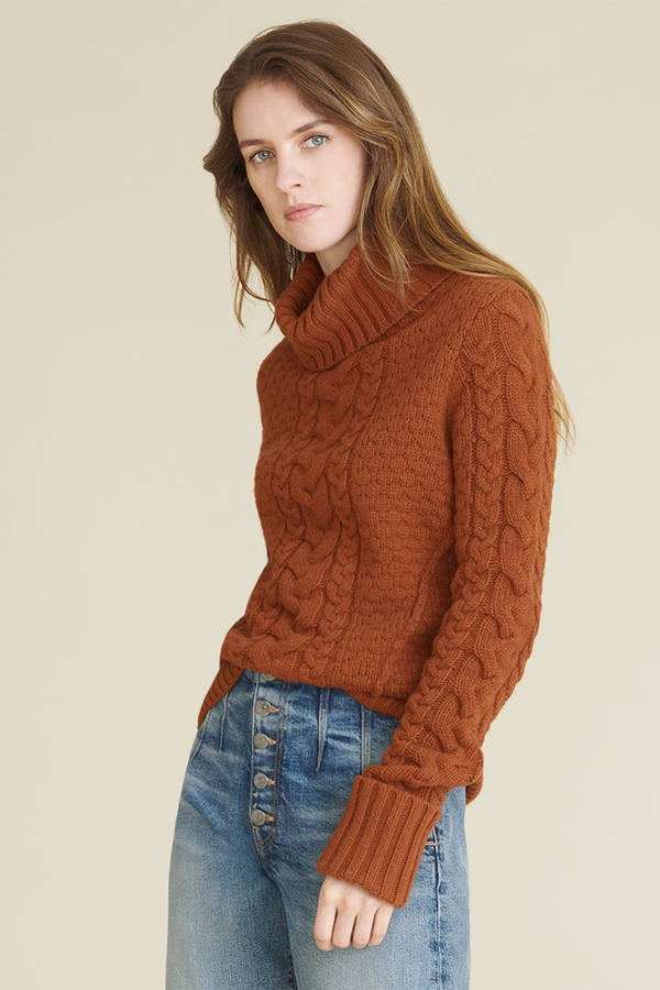 Sereia Turtleneck Sweater in Cognac