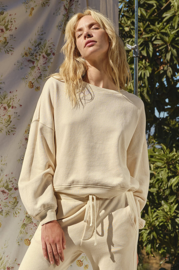 Easy Sweatshirt in Bare