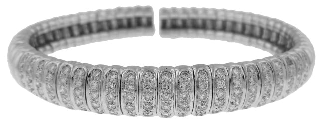 18KT WHITE GOLD FLEXIBLE DIAMOND BANGLE BRACELET.