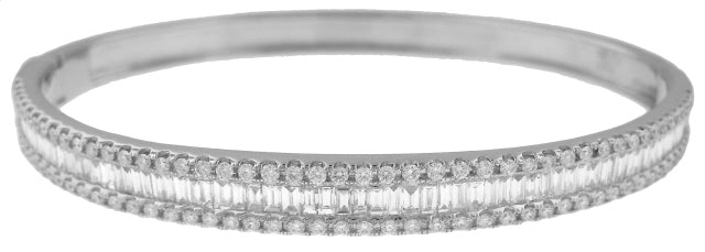 18KT WHITE GOLD BAGUETTE AND ROUND DIAMOND BANGLE