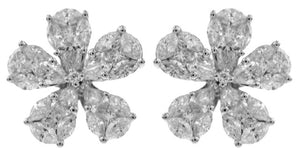18KT WHITE GOLD DIAMOND FLOWER EARRINGS.