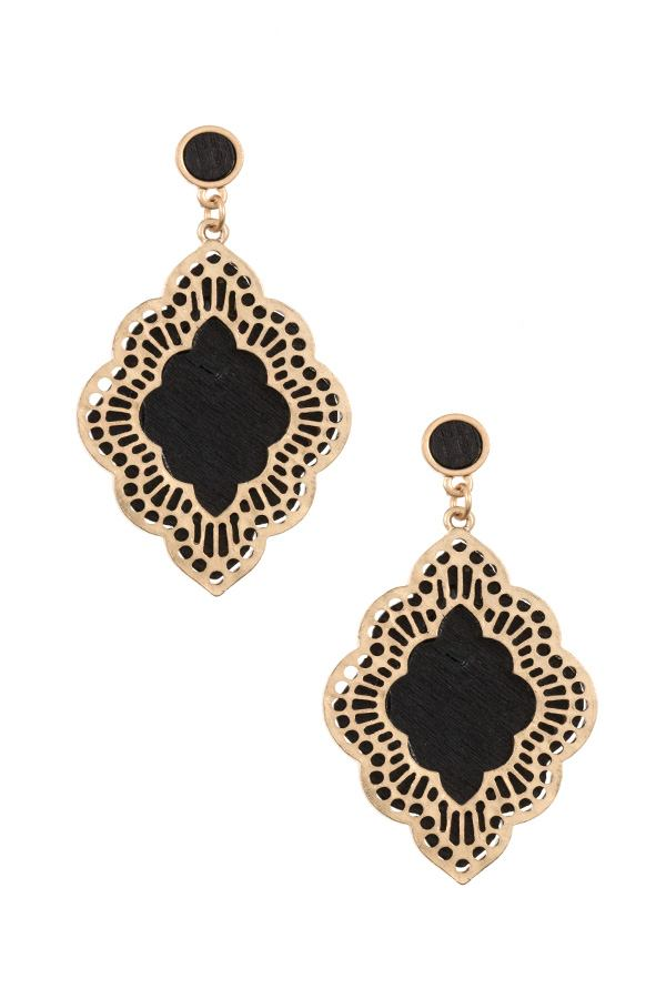 Ladies moroccan cut out orante dangle earring - StyleLure