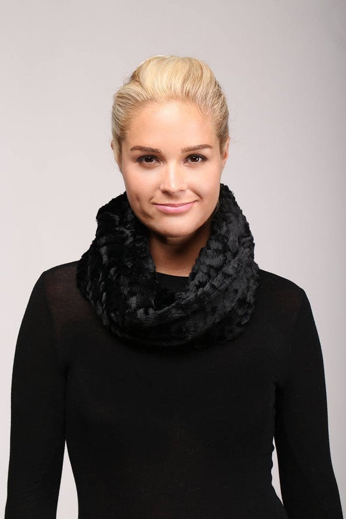 Solid faux fur infinity scarf - StyleLure
