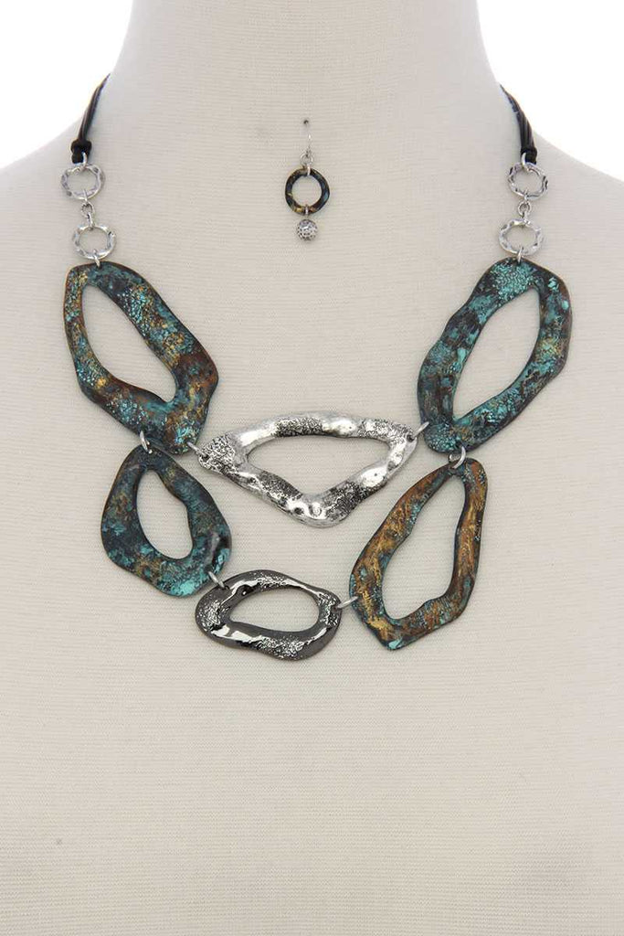 Patina geometric shape short necklace - StyleLure