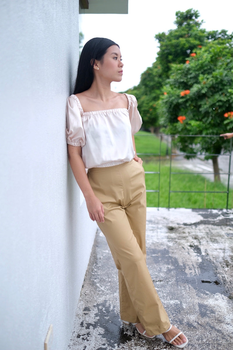 Serena wide leg Pants in Khaki