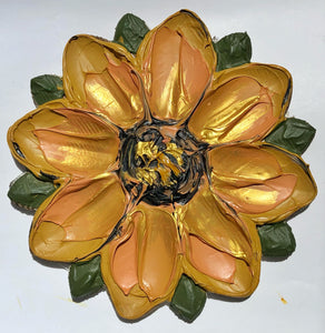 Single Textured Flower Gold and Green (100% Wood)