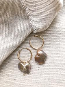 Gold plated Hoop Earrings with Keshi Pearls
