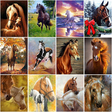 Load image into Gallery viewer, DIY 5D Diamond Painting Horse Full Round Diamond Embroidery Animal Mosaic Picture Cross Stitch Rhinestone Handmade Home Decor - SallyHomey Life's Beautiful