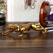 Load image into Gallery viewer, New Jewelry Resin Leopard Car Ornaments Car Interior Decoration Ornaments Creative Gifts High-end Car Accessories Car Decoration