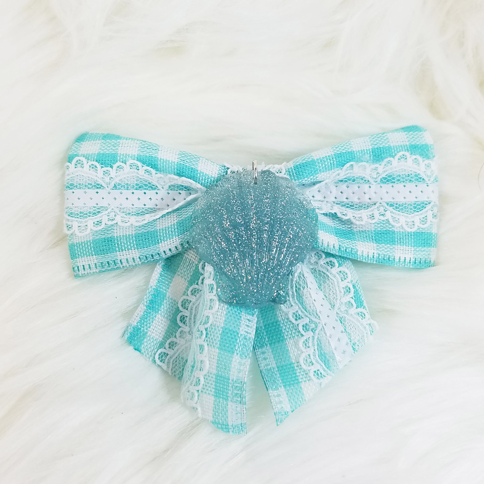 Seaside Shell Hair Bow
