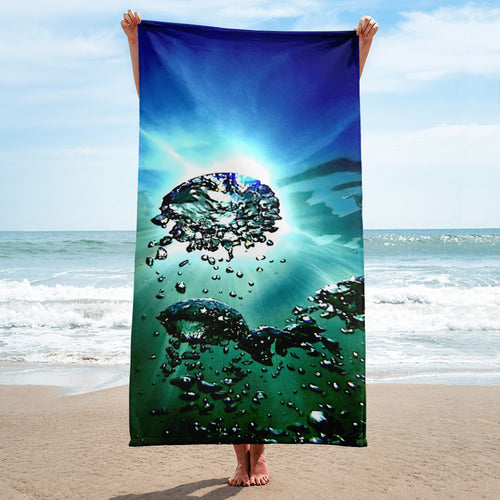 A bold overall print on our popular bath or beach towel.