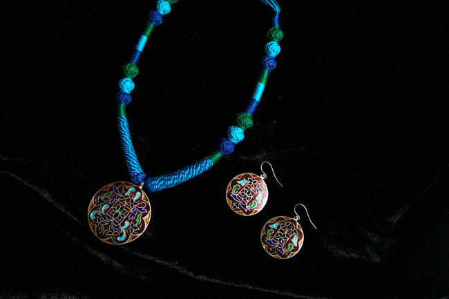 Blue Carved Necklace Set