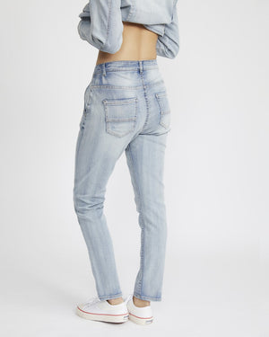 Relaxed Boyfriend Jeans in Vintage Wash
