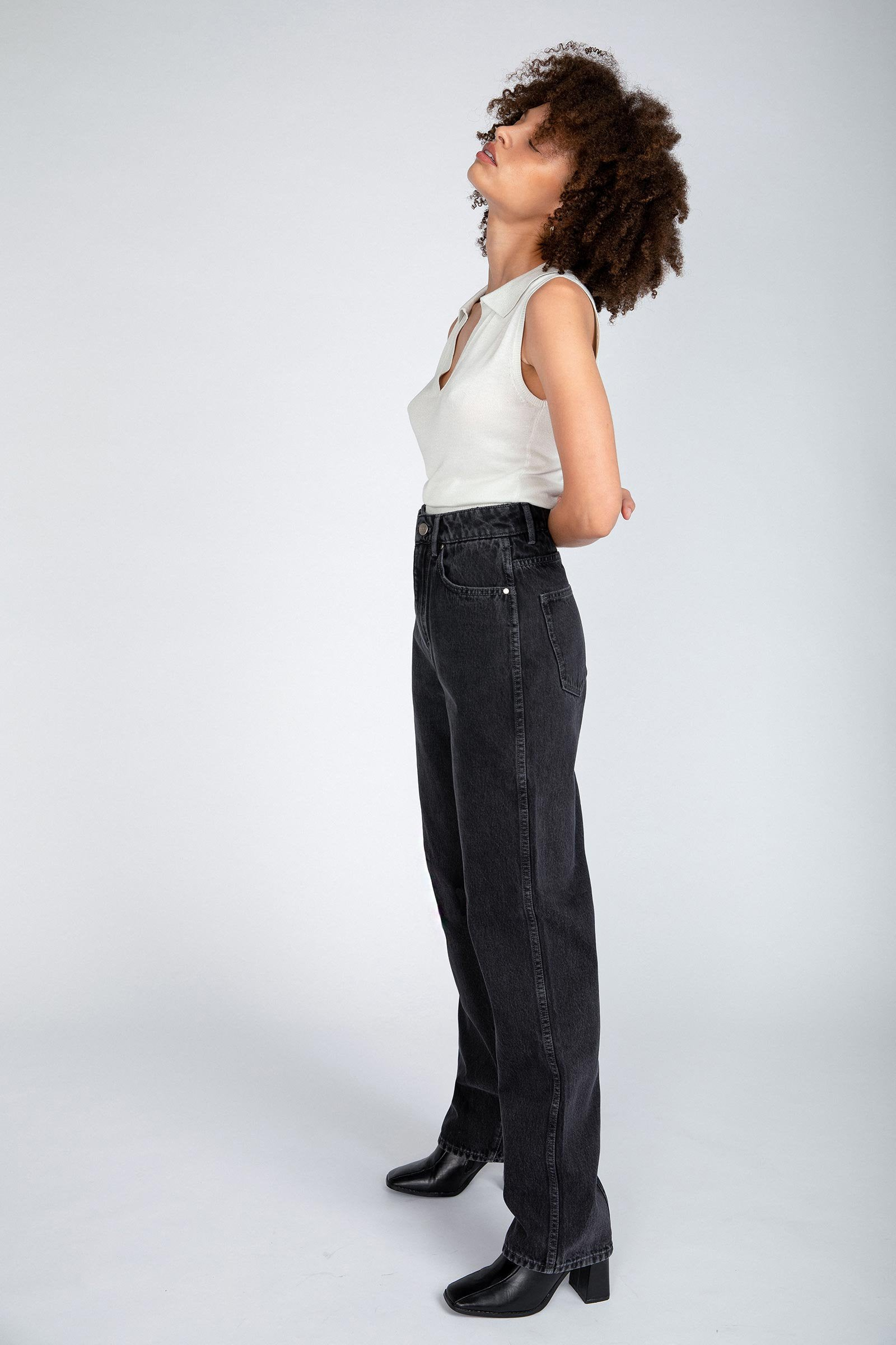 NEUW Sade Baggy Jeans in Zero Washed Black