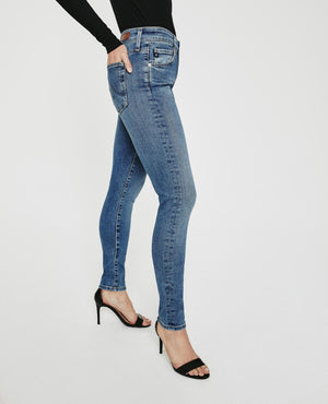 AG Farrah High-Rise Skinny in Cielo