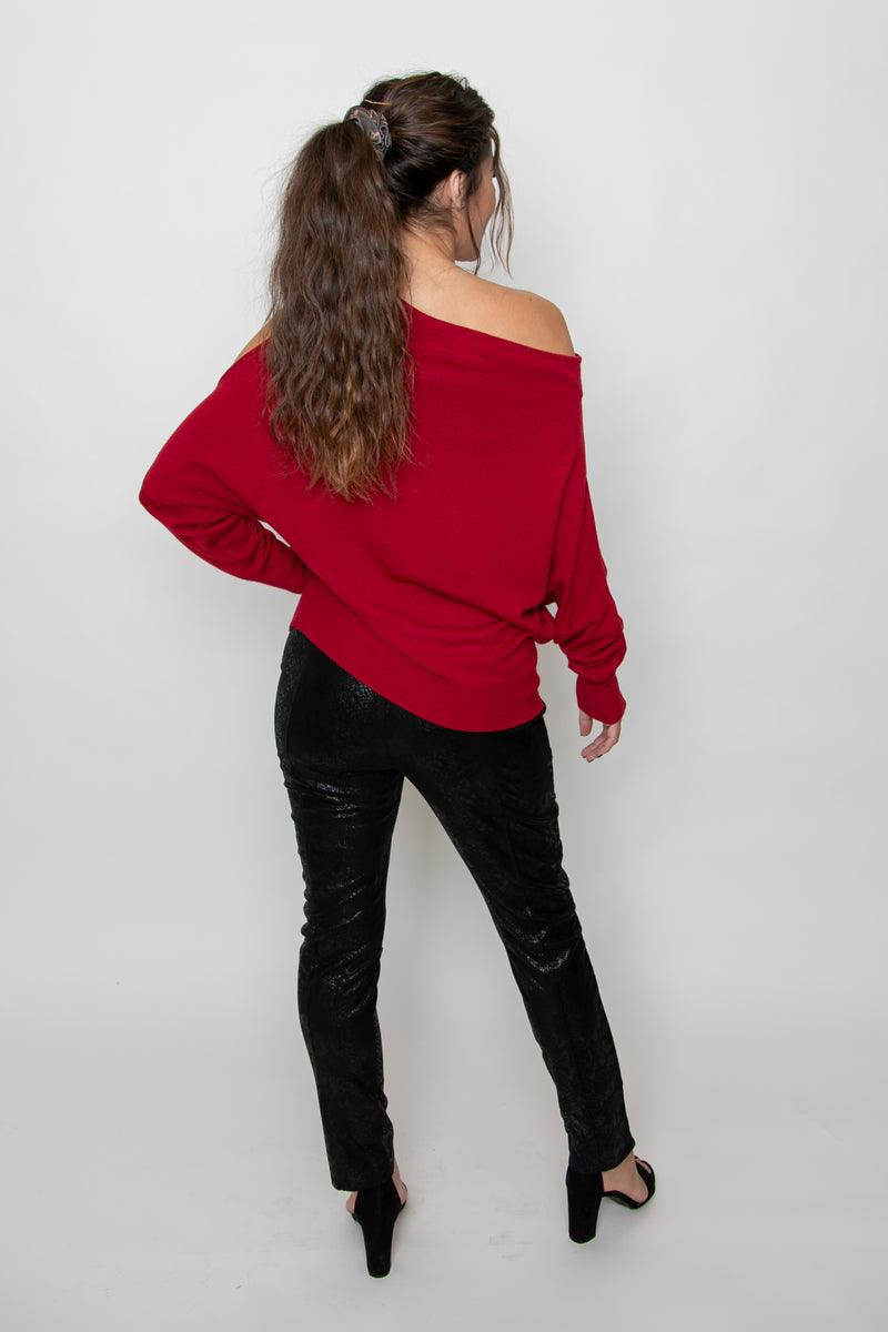 EXPOSED SHOULDER TIE SWEATER - RED/GARNET