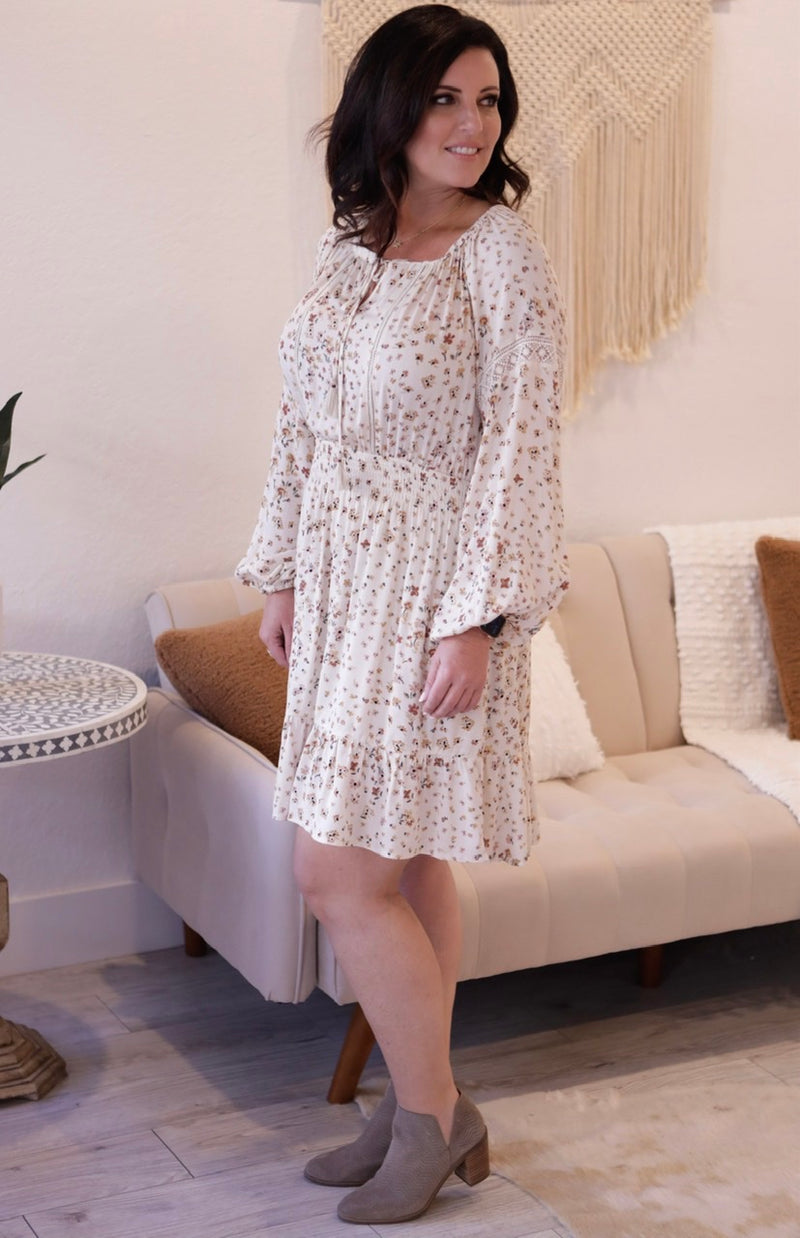 BOHEMIIAN FLORAL PRINT LONG SLEEVE MINI DRESS - BRICK/NATURAL -RETAIL STORE