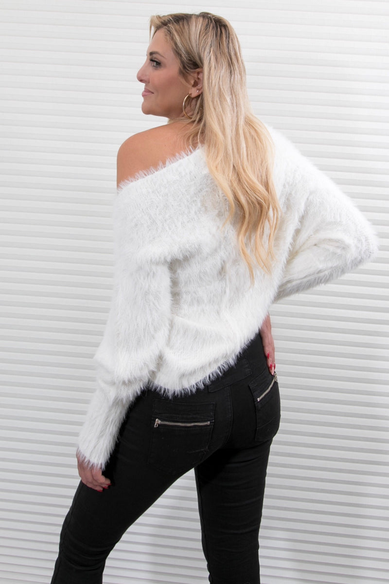 SUPER COZY OFF THE SHOULDER SWEATER - WHITE