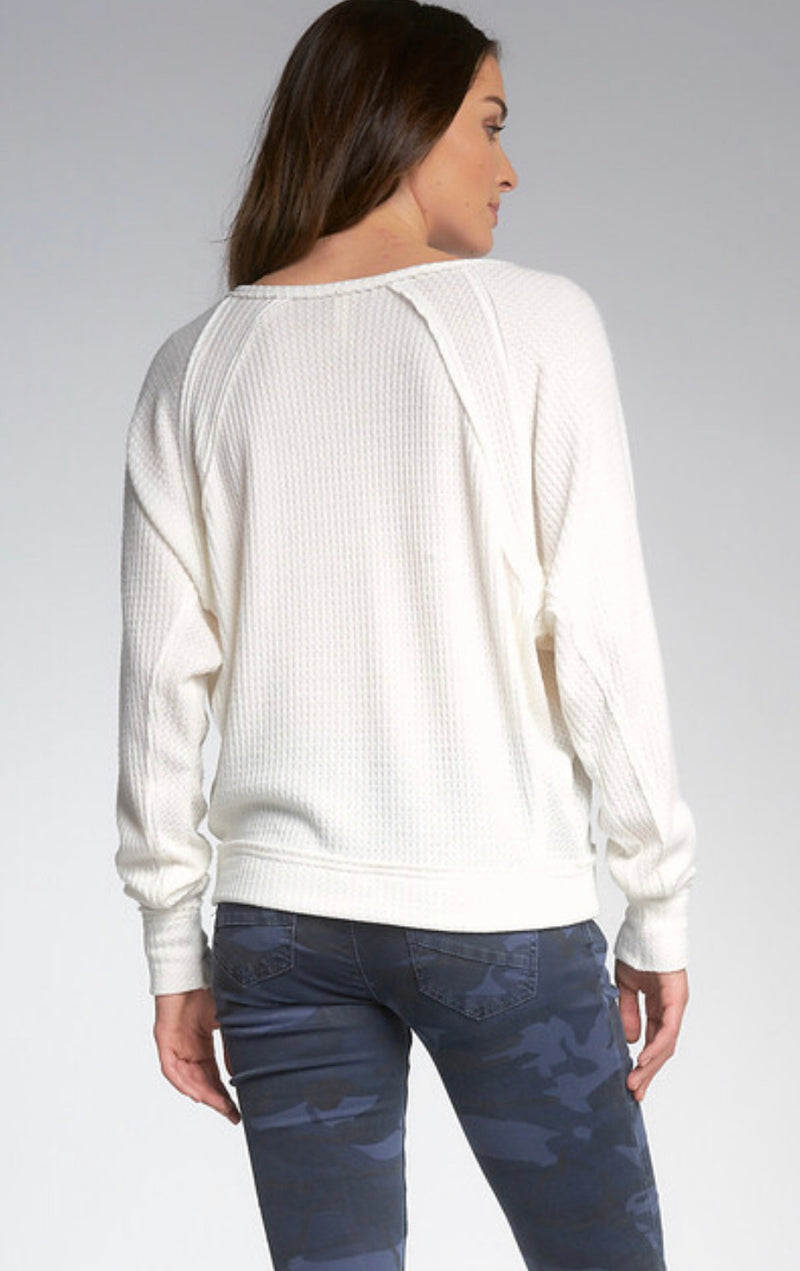 WAFFLE KNIT RAGLAN SLEEVE TOP - BLACK & WHITE