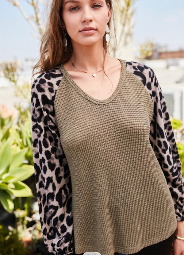 LEOPARD PRINT RAGLAN LONG SLEEVE KNIT TOP - OLIVE/LEOPARD AND BLACK/LEOPARD - RETAIL STORE