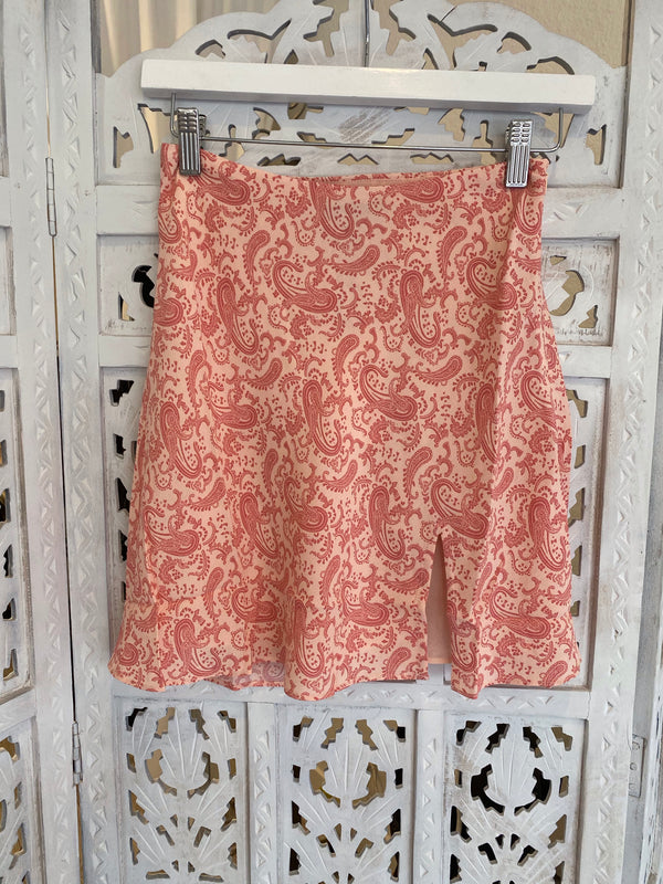 PAISLEY SIDE ZIP MINI SKIRT - CORAL - RETAIL STORE