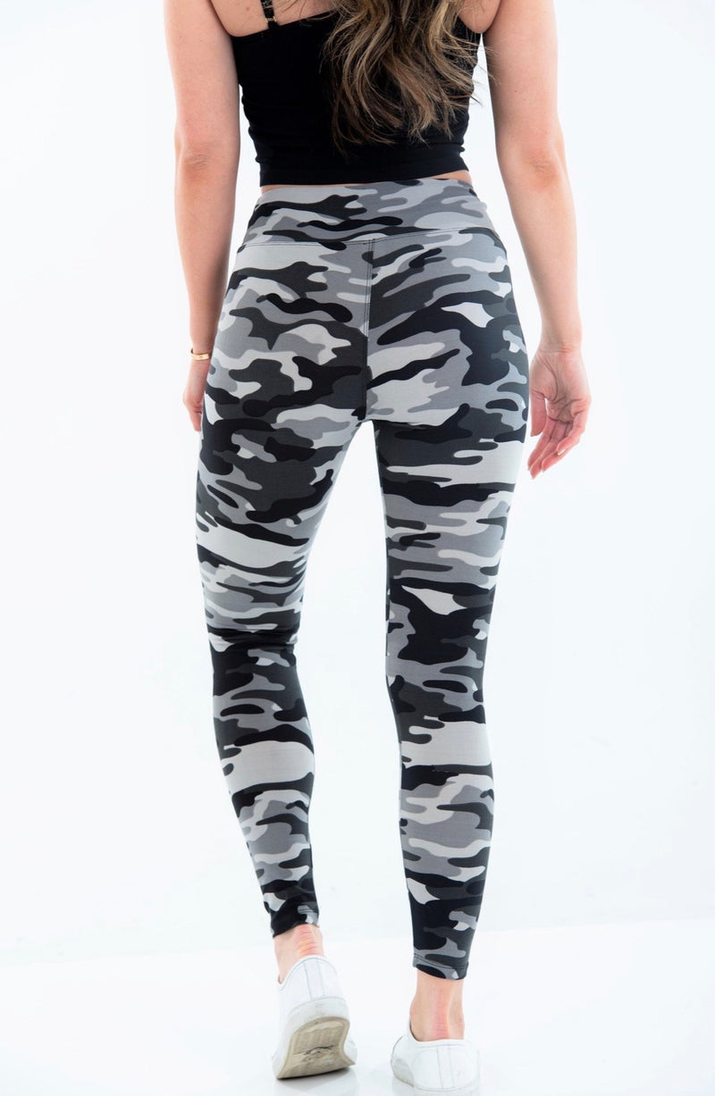 CAMO LEGGINGS - ONE SIZE- AVAILABLE IN LIGHT GREY CAMO AND OLIVE CAMO - RETAIL STORE