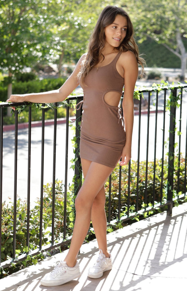 RIB TANK MINI DRESS WITH ADJUSTABLE SIDE CUT OUTS - BROWN