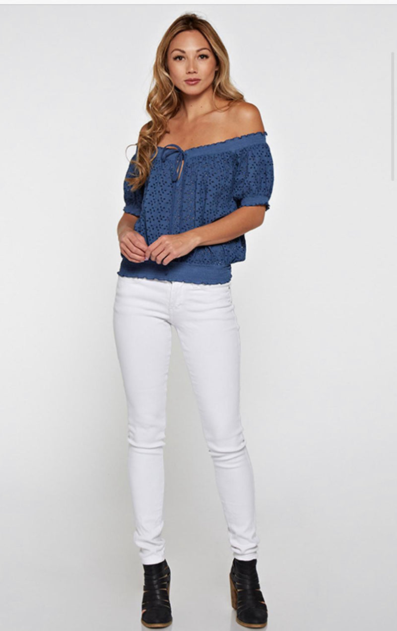 SHORT SLEEVE EMBROIDERED EYELET TOP - BLUE AND OFF WHITE - RETAIL STORE