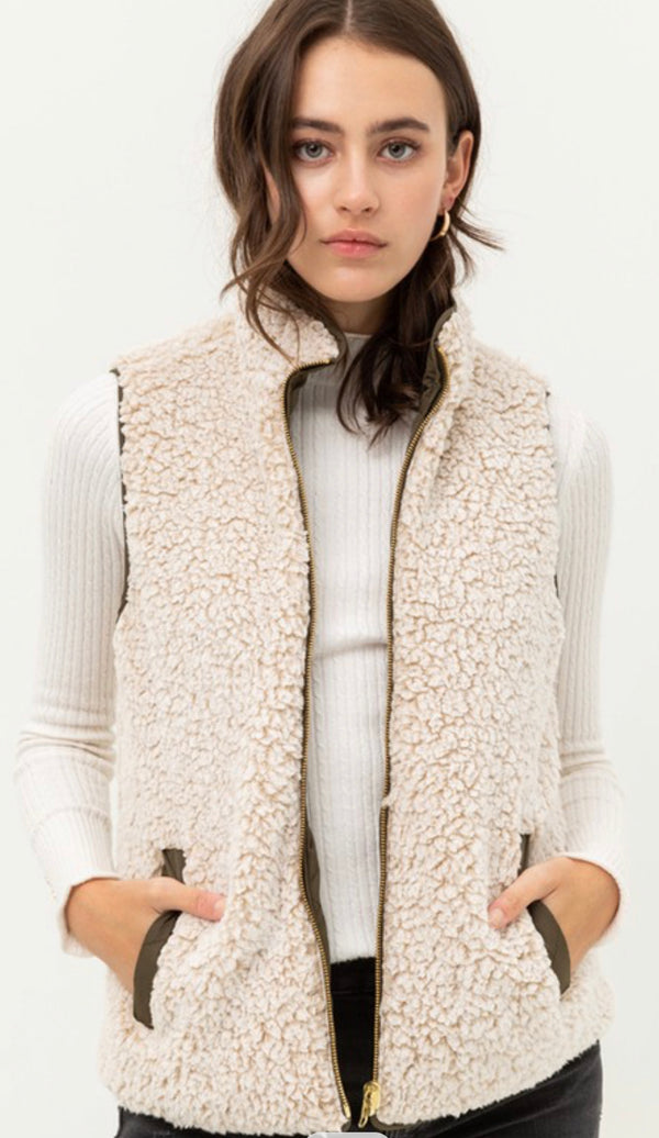 REVERSIBLE QUILTED SLEEVELESS VEST - OLIVE, BLACK, IVORY & CAMEL - RETAIL STORE