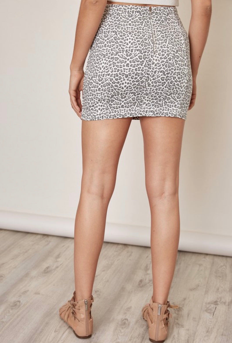 LEOPARD DENIM SKIRT- RETAIL STORE
