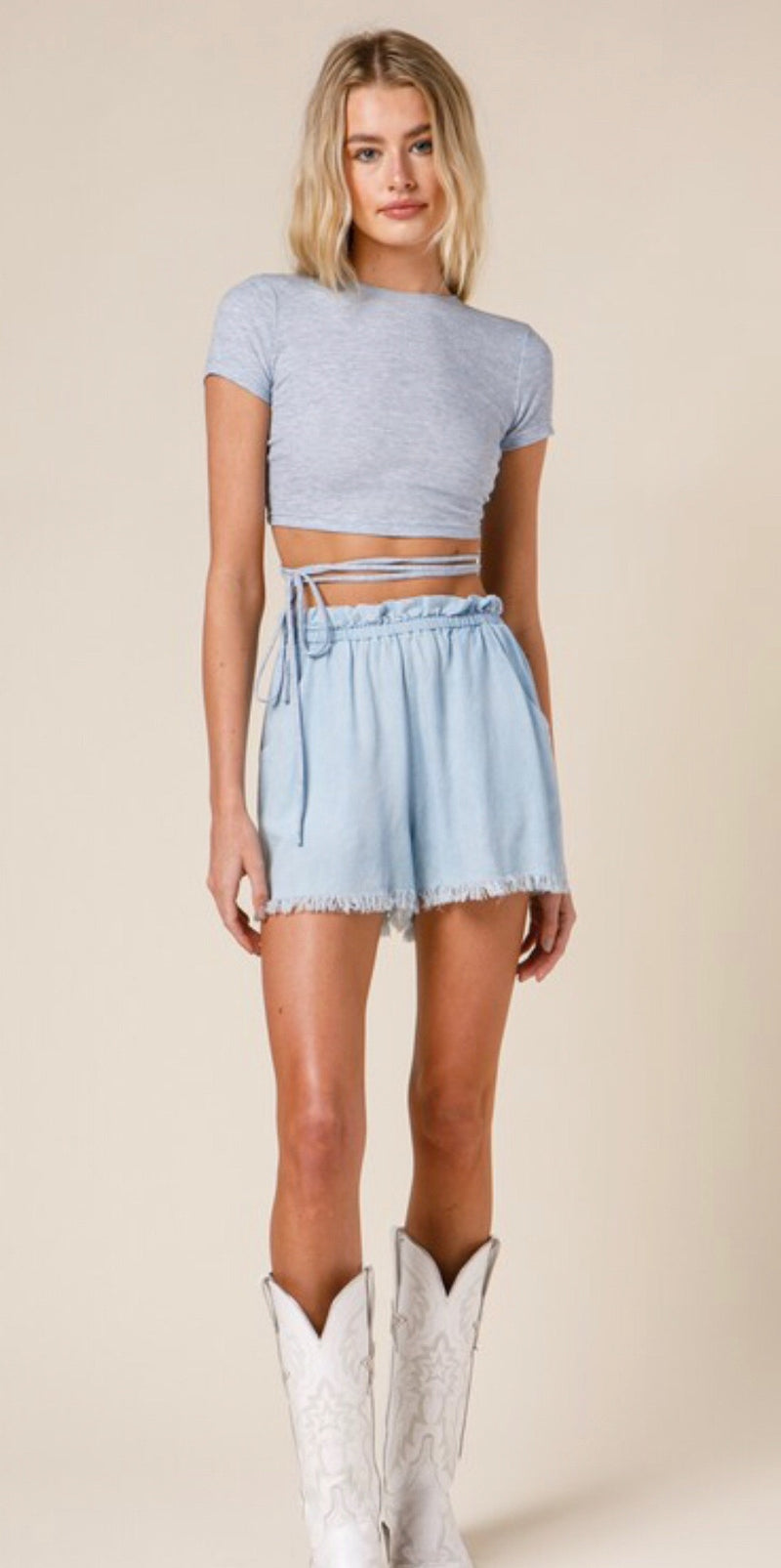 SHORT SLEEVE SPAGHETTI STRAP-AROUND CROP TOP - CLOUDY BLUE