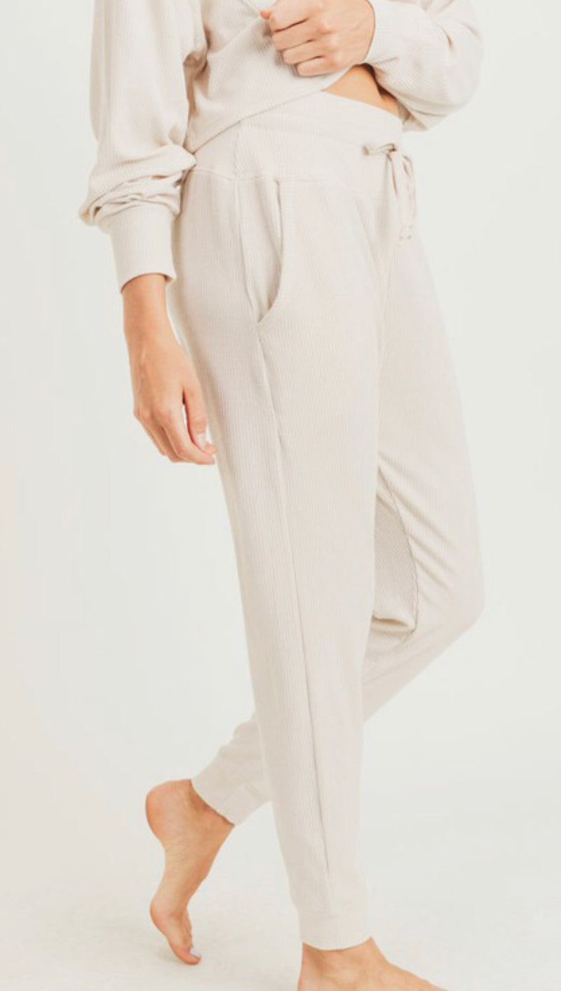 RIBBED ESSENTIAL SWEATPANTS - NATURAL - RETAIL STORE