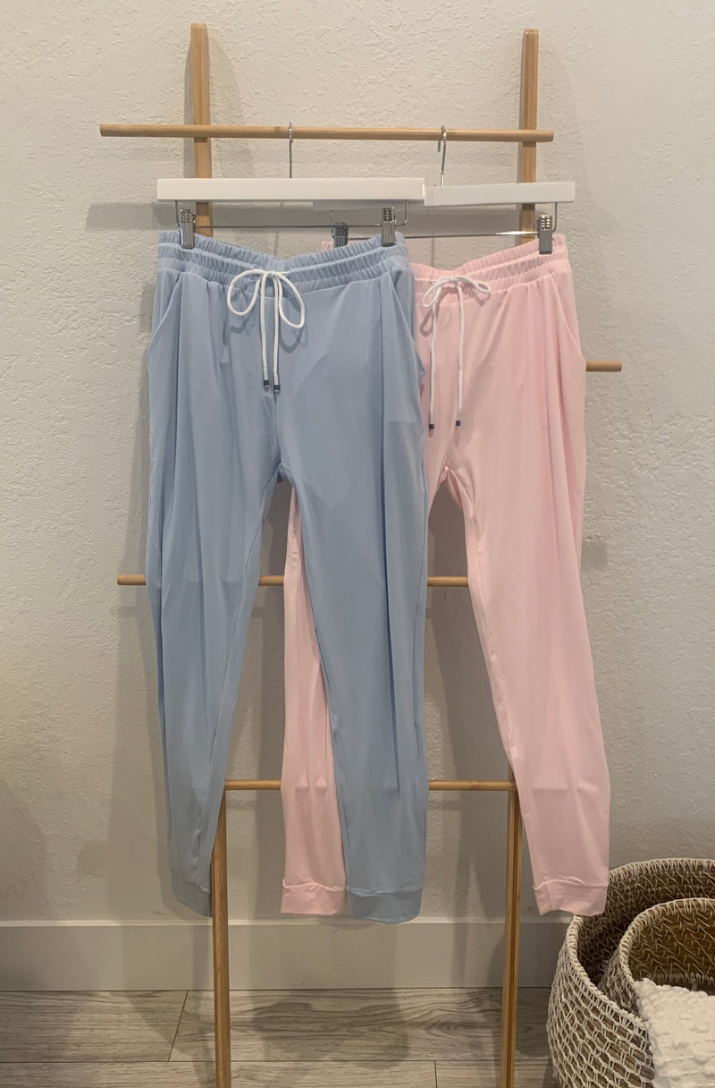 SOLID JOGGER WITH POCKETS - PRIMROSE & SKYWAY BLUE - RETAIL STORE