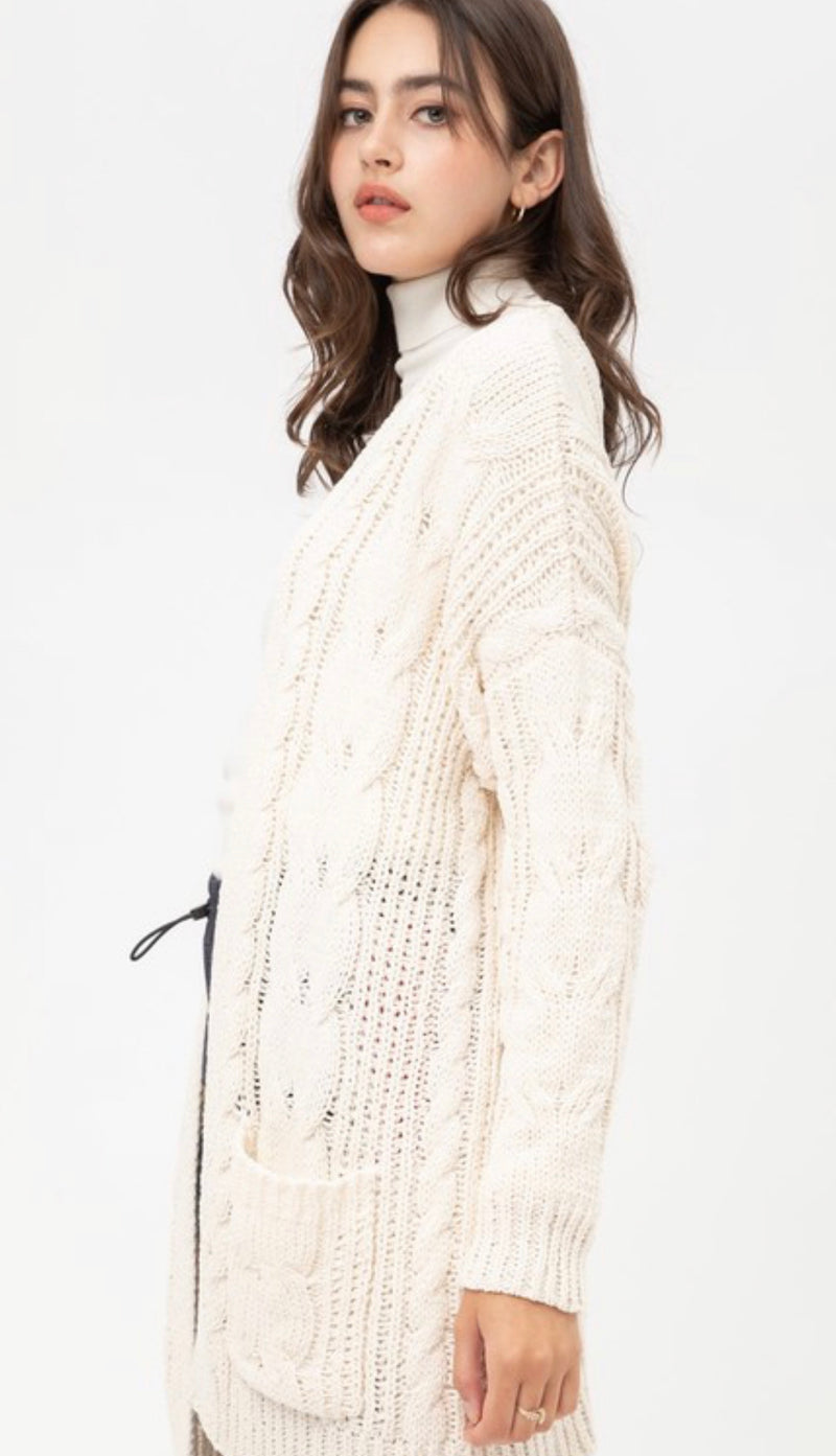 CHUNKY CABLE KNIT CARDIGAN - IVORY & GREEN - RETAIL STORE