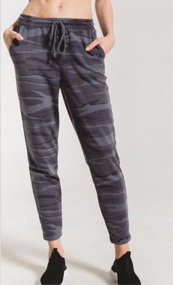 Z SUPPLY CAMO SPORTY JOGGER - RETAIL STORE