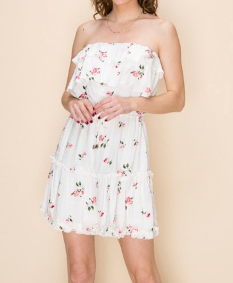 STRAPLESS DRESS - AVAILABLE IN WHITE & RED/ORANGE - RETAIL STORE