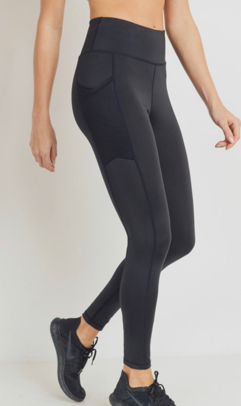 OVERLAY MESH POCKET HIGH-WAISTED LEGGINGS - BLACK - RETAIL STORE