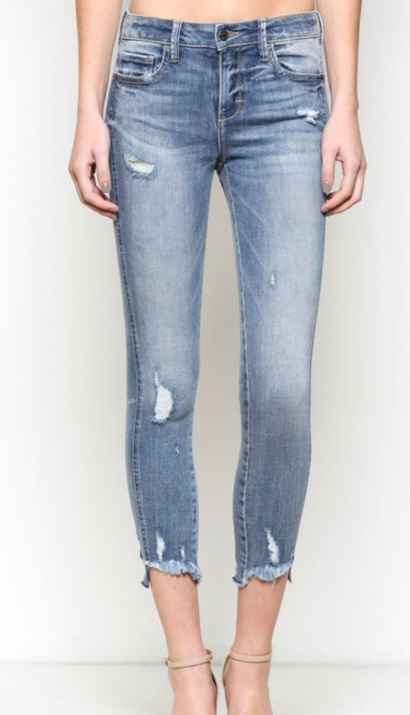 MID RISE CROP DISTRESSED SKINNY  JEAN - MEDIUM WASH - RETAIL STORE