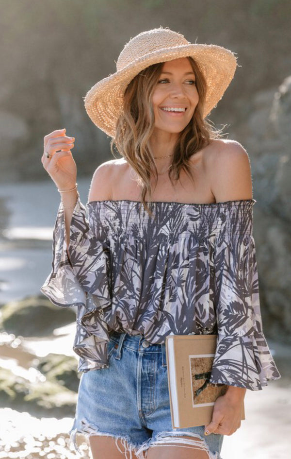 TROPICAL PALM PRINT OFF THE SHOULDER TOP - CHARCOAL/NATURAL - RETAIL STORE
