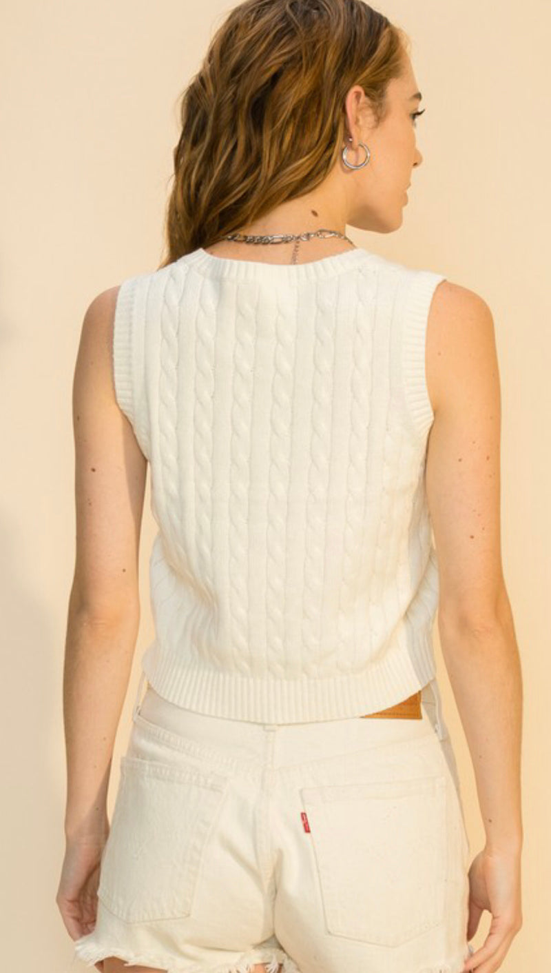 V NECK CABLE KNIT CROP SWEATER VEST - CREAM