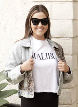 "CROPPED ""MALIBU"" COTTON TEE - WHITE - RETAIL STORE"