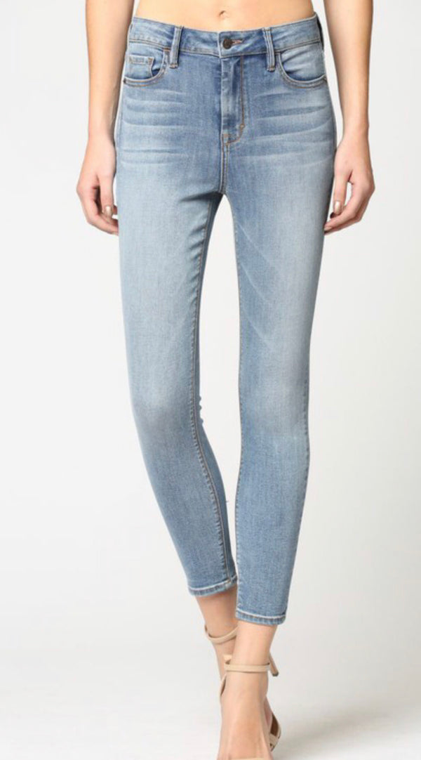 HIGH RISE STRETCH SKINNY JEAN - LIGHT BLUE - RETAIL STORE