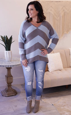 V-NECK CHEVRON STRIPED SWEATER - BLUE/CHARCOAL - RETAIL STORE