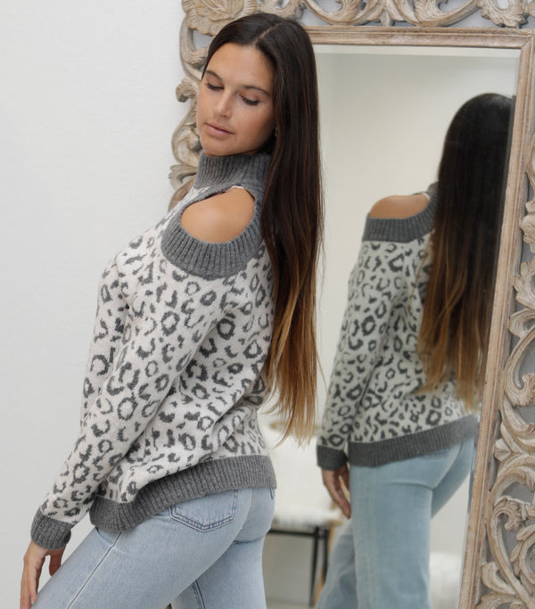 COLD SHOULDER LEOPARD PRINT SWEATER - GREY LEOPARD - RETAIL STORE