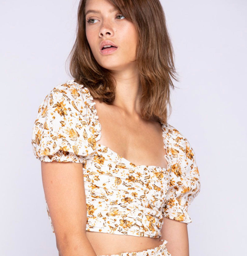 FLORAL PRINT SHORT SLEEVE CROP TOP - WHITE/FLORAL - TOP ONLY -  RETAIL STORE
