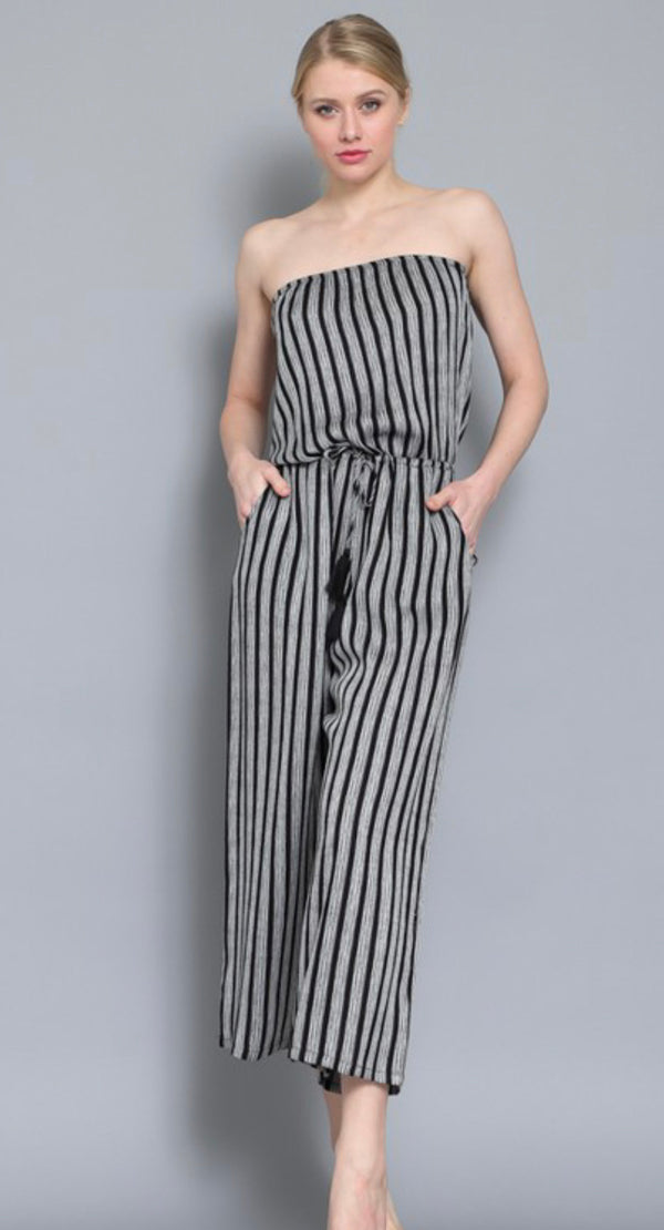 WHITE/BLACK STRIPE TUBE JUMPSUIT