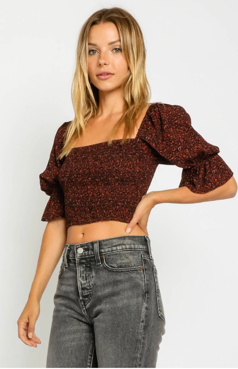 SQUARE NECK BUBBLE SLEEVE CROP TOP - RUST - RETAIL STORE