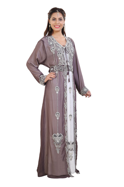 "LATEST AND TRENDY "" DUBAI KAFTAN "" NOW JUST A CLICK AWAY. BUY FROM OUR MUSLIM FASHION ONLINE STORE AND AVAIL FREE SHIPPING WORLDWIDE."