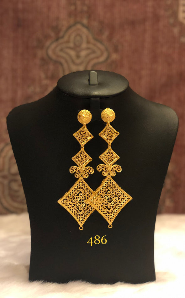 GOLD PLATED KITE SHAPE DROP EARRING 486 - Maxim Creation